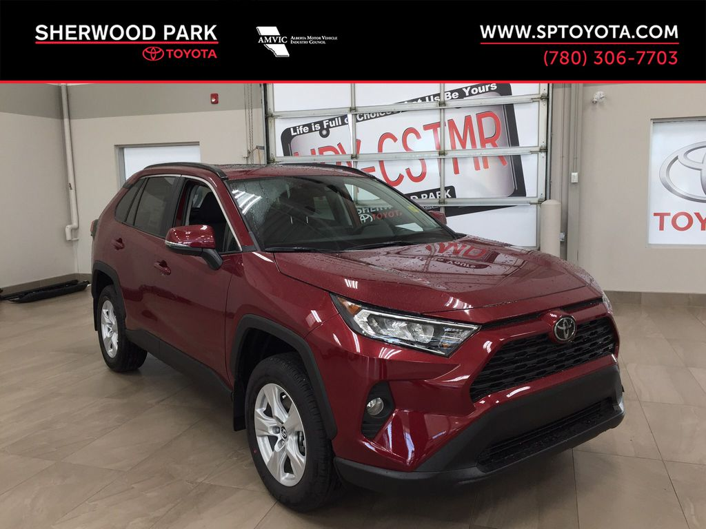 Red[Ruby Flare Pearl] 2021 Toyota RAV4 XLE AWD