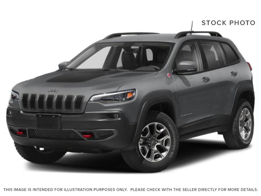 White[Pearl White] 2019 Jeep Cherokee Trailhawk