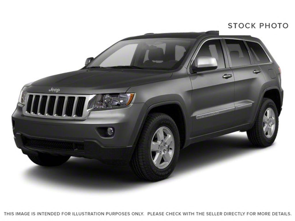 Gray[Dark Charcoal Pearl] 2011 Jeep Grand Cherokee