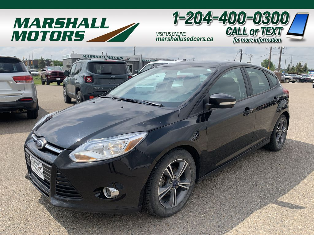 Black 2014 Ford Focus 5dr HB SE *Just Traded!* *Heated Seats* *Bluetooth*
