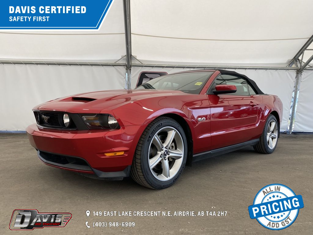 Red 2012 Ford Mustang