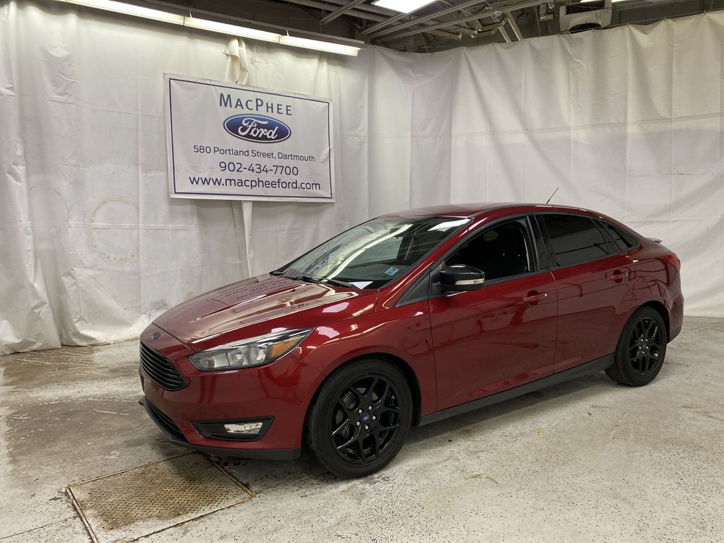 Red[Race Red] 2016 Ford Focus