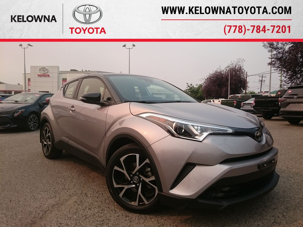 Silver[Silver Knockout Metallic with Black Roof] 2019 Toyota C-HR