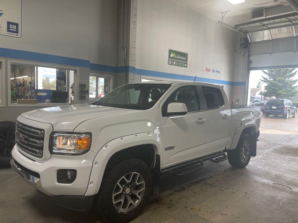White[GAZ,Summit White] 2017 GMC Canyon 4WD SLE