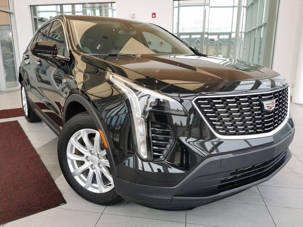 Black[Stellar Black Metallic] 2019 Cadillac XT4