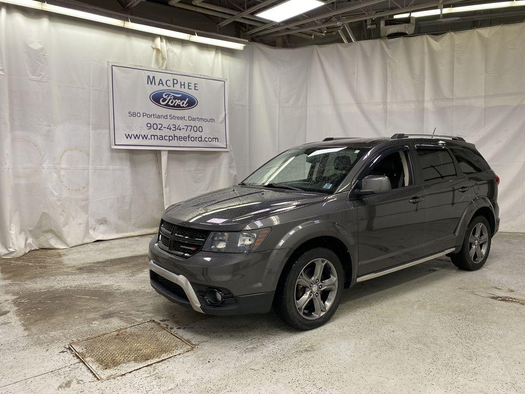Silver[Billet Metallic] 2017 Dodge Journey