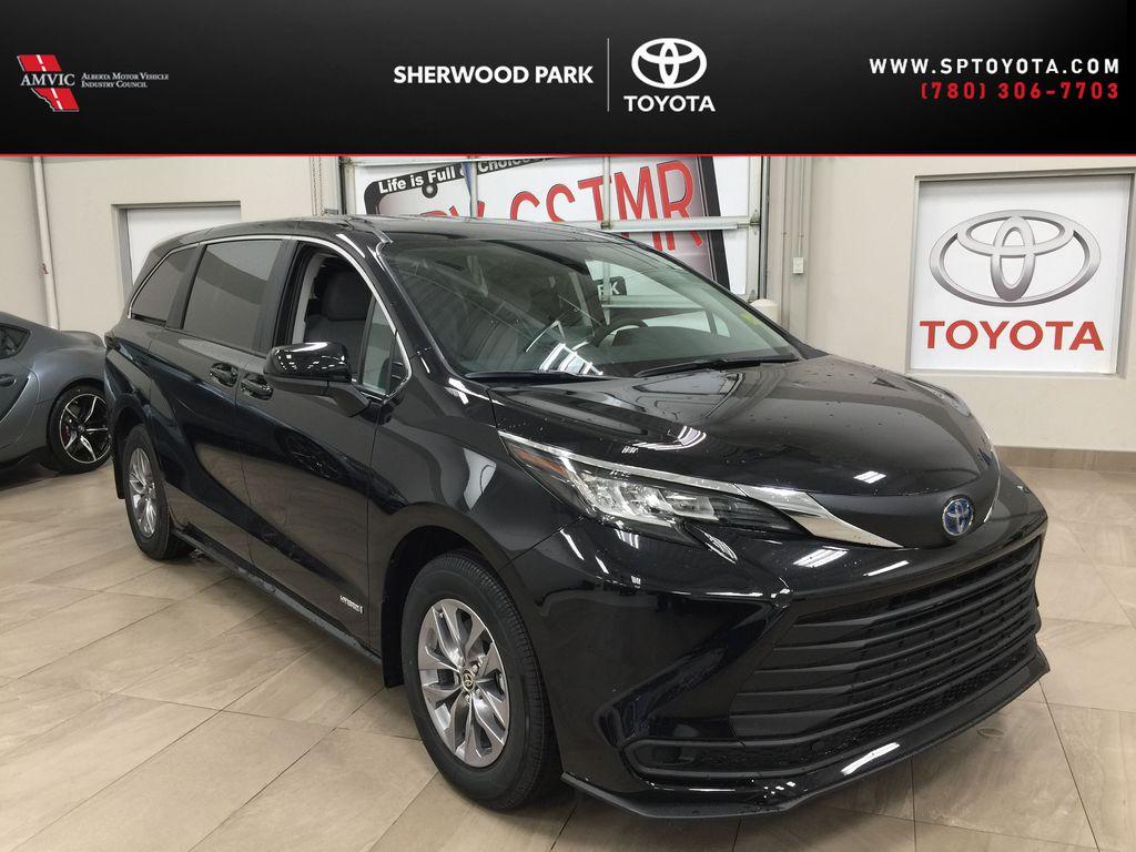 Black[Midnight Black Metallic] 2021 Toyota Sienna LE Hybrid FWD