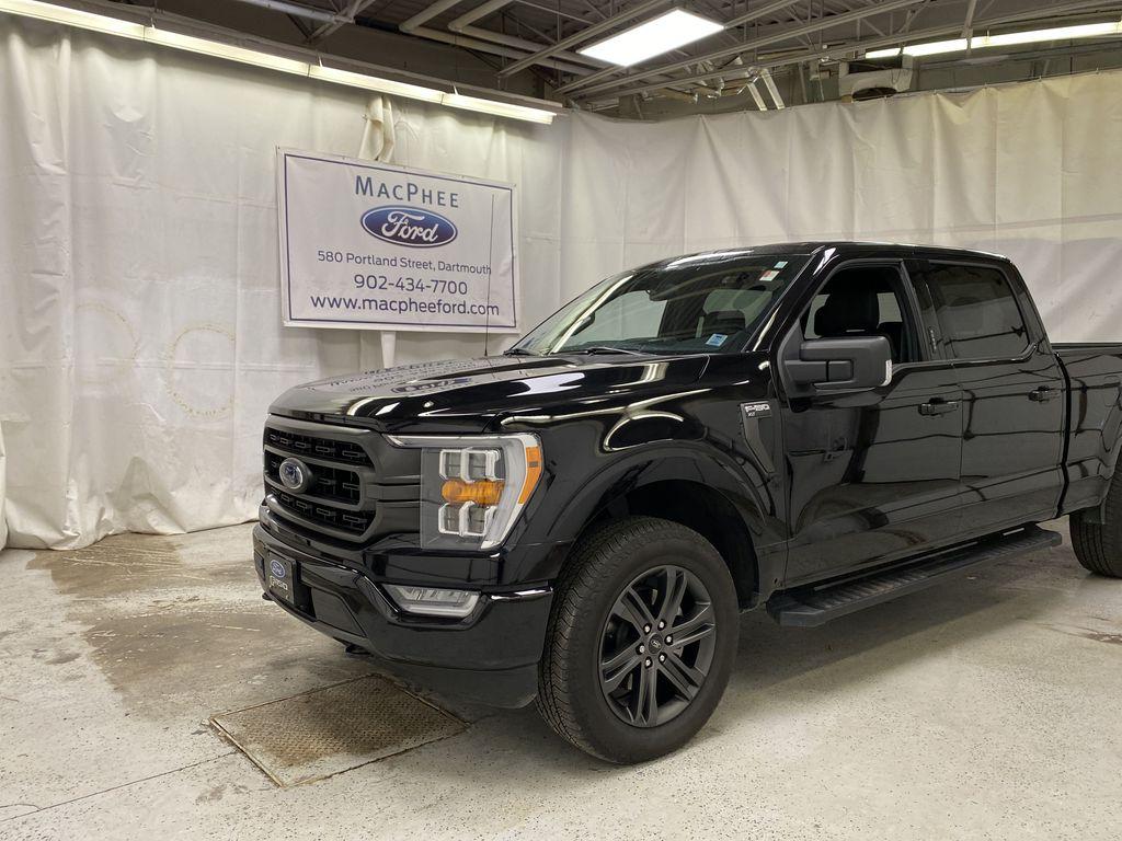 Black[Agate Black Metallic] 2021 Ford F-150
