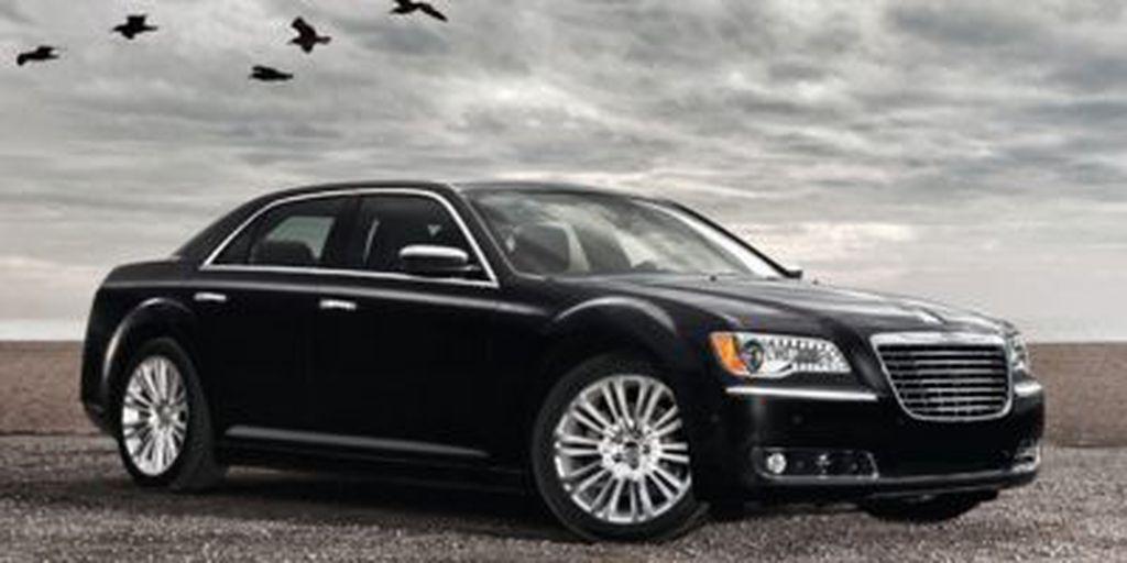 Black[Gloss Black] 2014 Chrysler 300