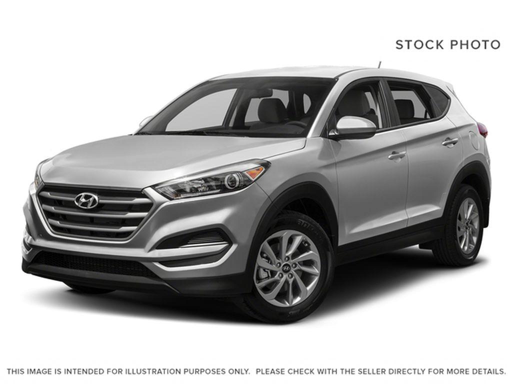 Silver[Chromium Silver] 2017 Hyundai Tucson