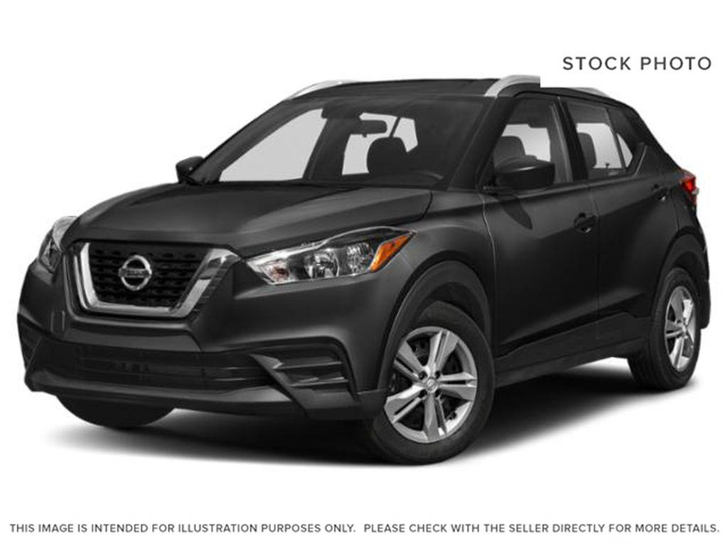 Black[Super Black] 2018 Nissan Kicks