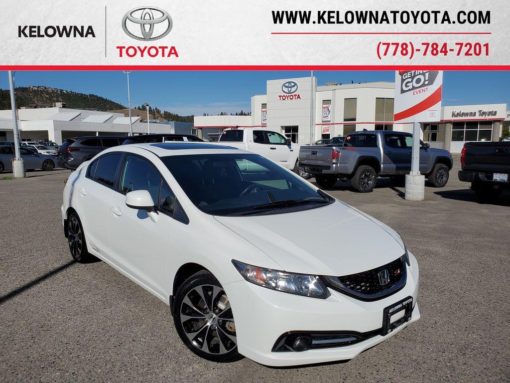 White[Taffeta White] 2013 Honda Civic SI Sedan