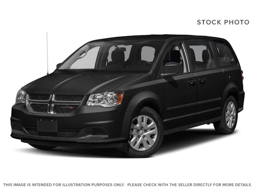 Black[Brilliant Black Crystal Pearl] 2018 Dodge Grand Caravan