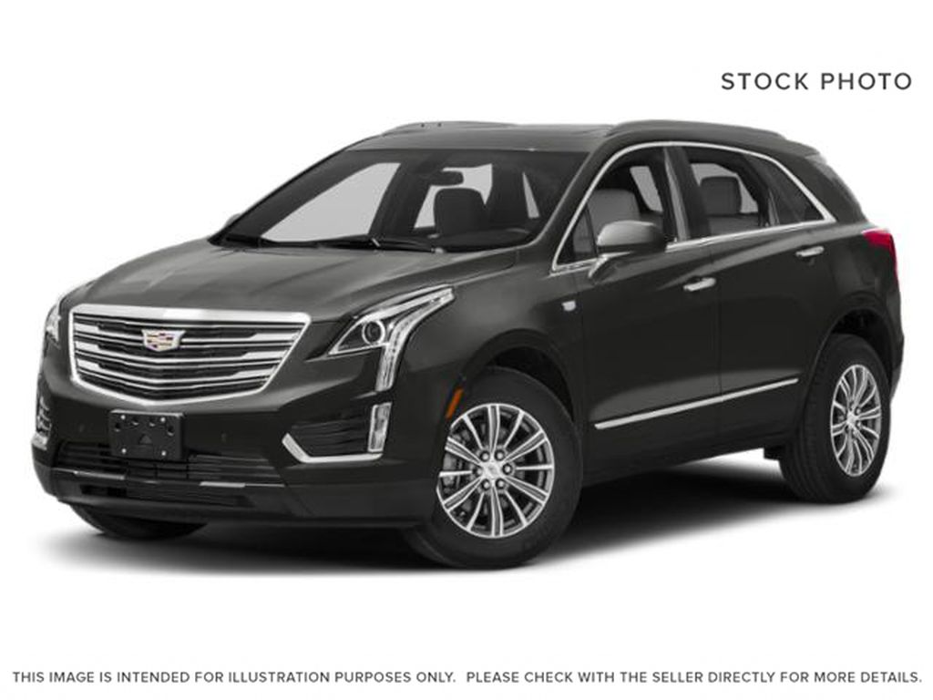 Gray[Dark Granite Metallic] 2019 Cadillac XT5 Luxury