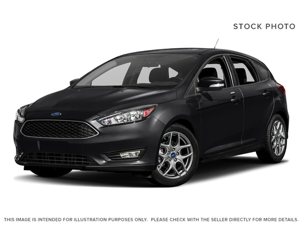 Black[Shadow Black] 2017 Ford Focus