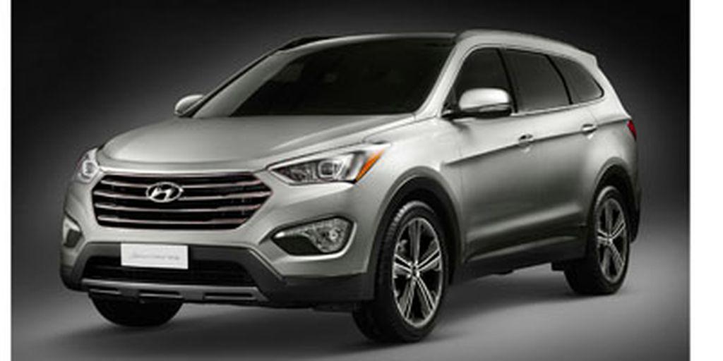 Silver[Moonstone Silver Metallic] 2013 Hyundai Santa Fe