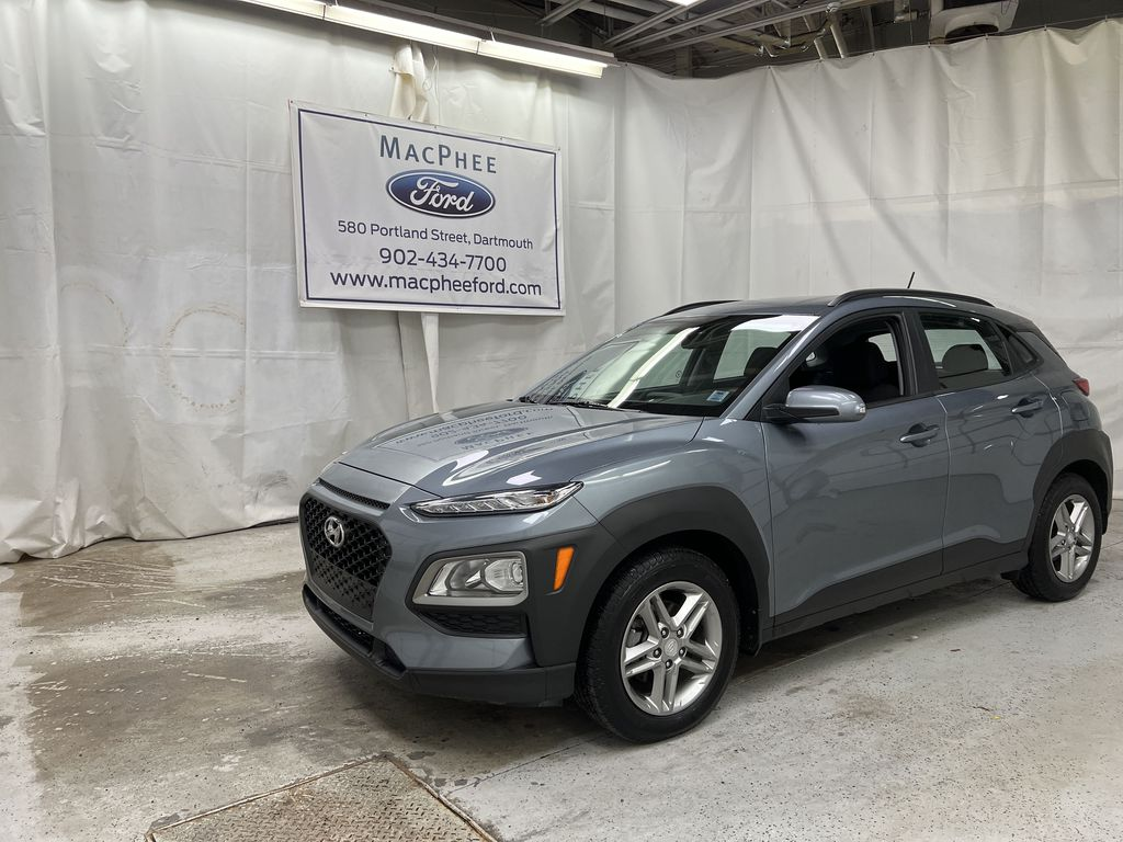 Silver[Lake Silver Mica] 2019 Hyundai Kona