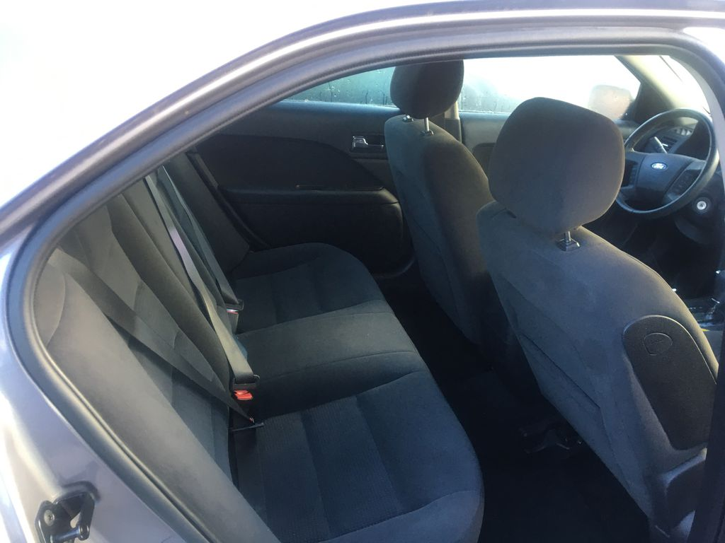 Gray[Silver Birch Metallic] 2007 Ford Fusion Left Side Rear Seat  Photo in St.Catherines ON