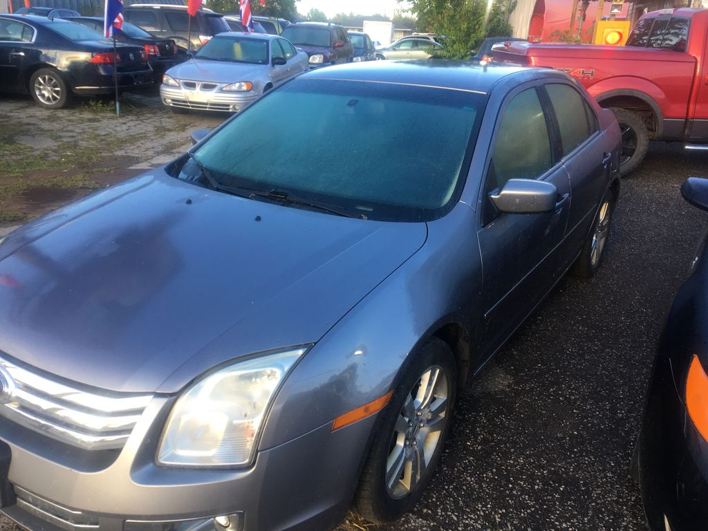 Gray[Silver Birch Metallic] 2007 Ford Fusion Left Side Photo in St.Catherines ON