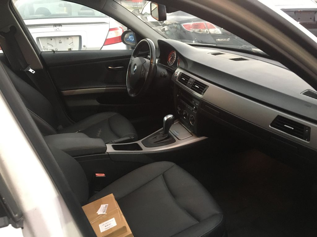 """White[Alpine White] 2008 BMW 3 Series, 323i , """""""" CERTIFIED """""""" Right Side Front Seat  Photo in St.Catherines ON"""