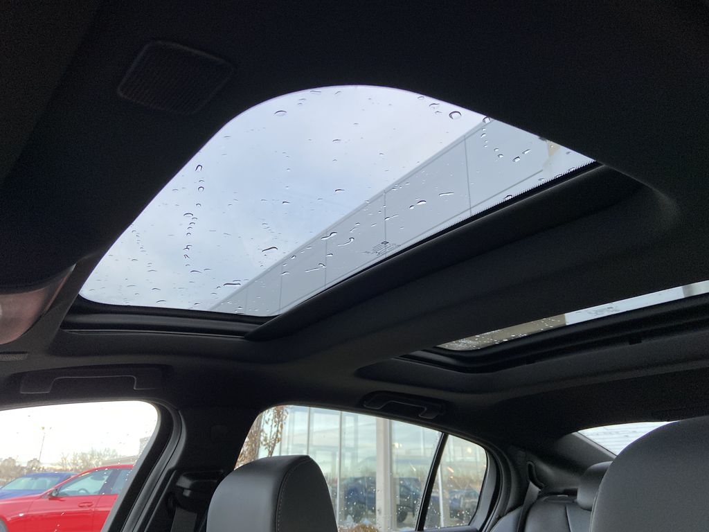 White[Crystal White Tricoat] 2021 Cadillac CT5 Sport Sunroof Photo in Calgary AB