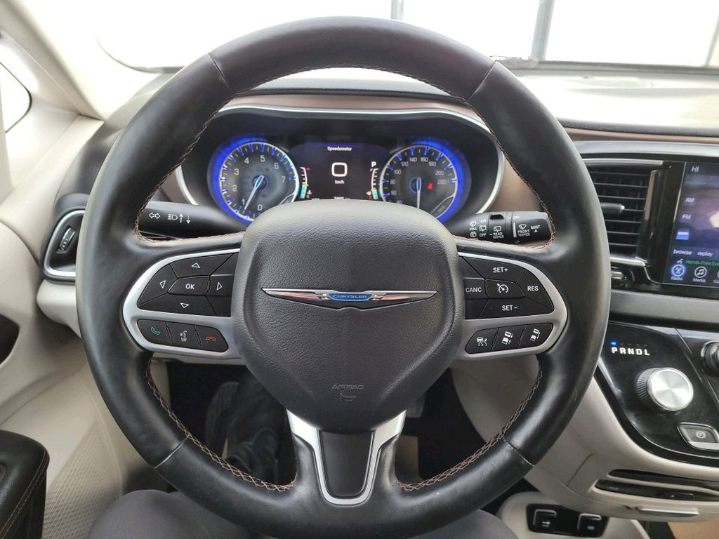 Black 2017 Chrysler Pacifica Front Vehicle Photo in Fort Macleod AB