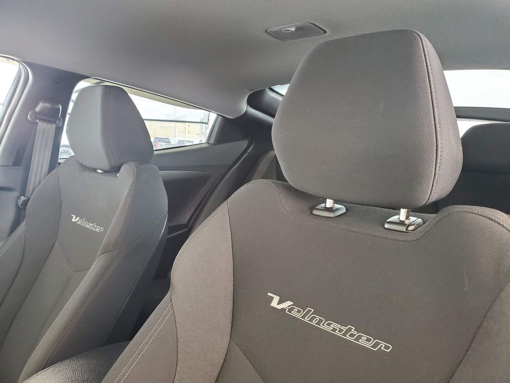 2016 Hyundai Veloster Driver's Side Door Controls Photo in Airdrie AB