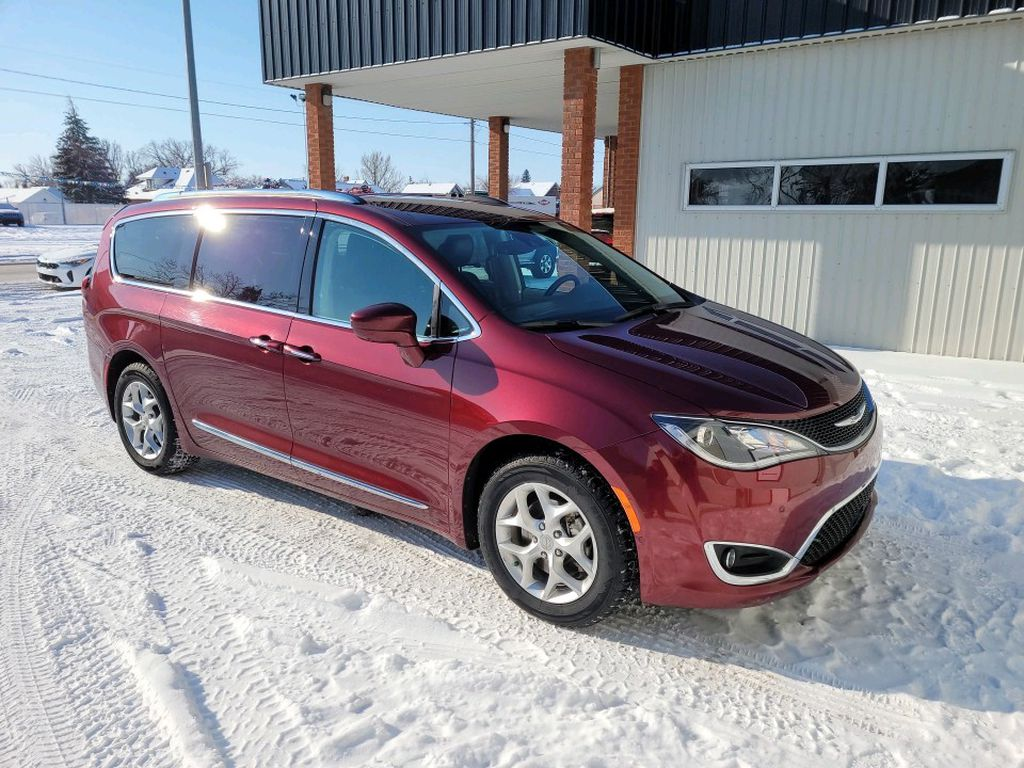 Red 2017 Chrysler Pacifica Left Front Rim and Tire Photo in Fort Macleod AB