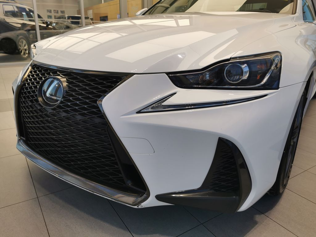 White[Eminent White Pearl] 2018 Lexus IS Left Front Head Light / Bumper and Grill in Edmonton AB