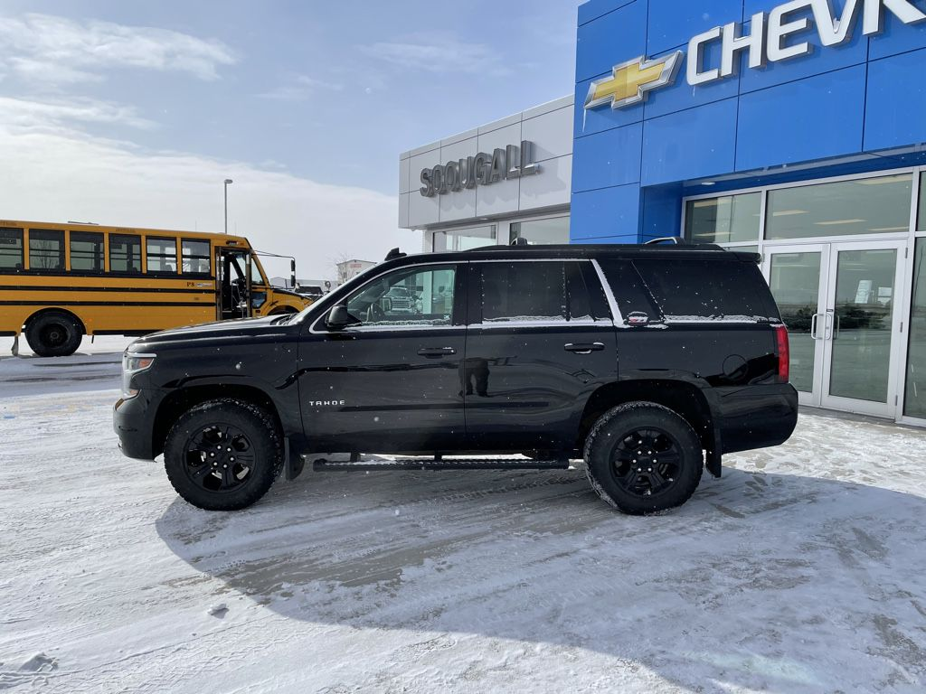 Black[Black] 2017 Chevrolet Tahoe Engine Compartment Photo in Fort Macleod AB