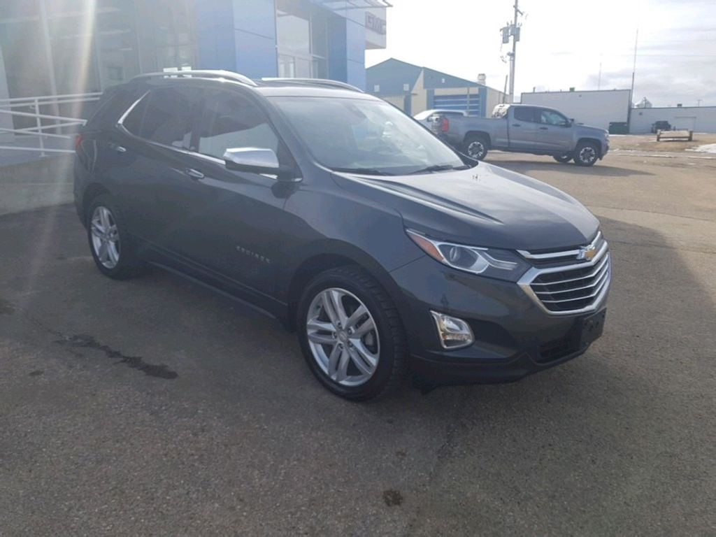 Dark Grey 2019 Chevrolet Equinox Left Front Rim and Tire Photo in Barrhead AB