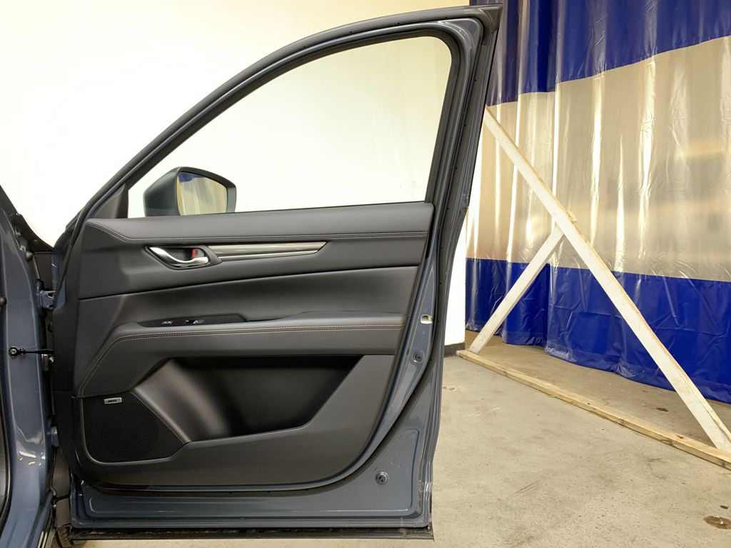 POLYMETAL GREY METALLIC(47C) 2021 Mazda CX-5 GT Turbo Right Front Interior Door Panel Photo in Edmonton AB