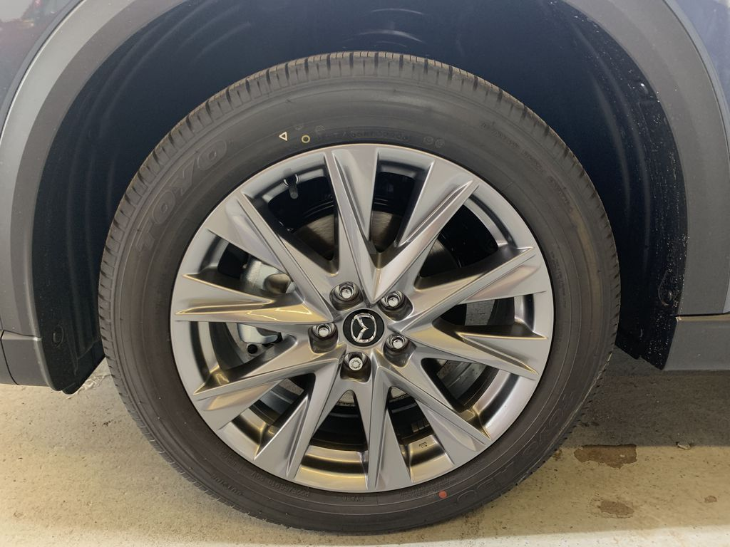 POLYMETAL GREY METALLIC(47C) 2021 Mazda CX-5 GT Turbo Left Front Rim and Tire Photo in Edmonton AB
