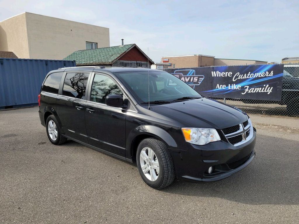 Black 2019 Dodge Grand Caravan Left Front Rim and Tire Photo in Fort Macleod AB