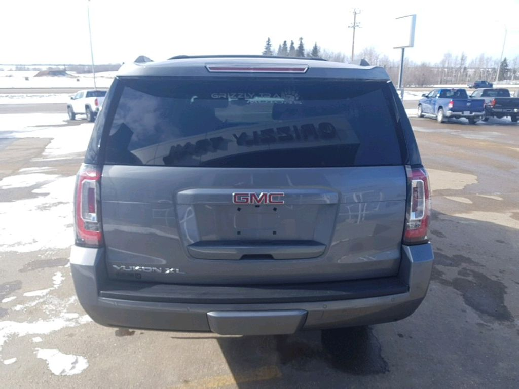 Steel 2019 GMC Yukon XL Driver's Side Door Controls Photo in Barrhead AB