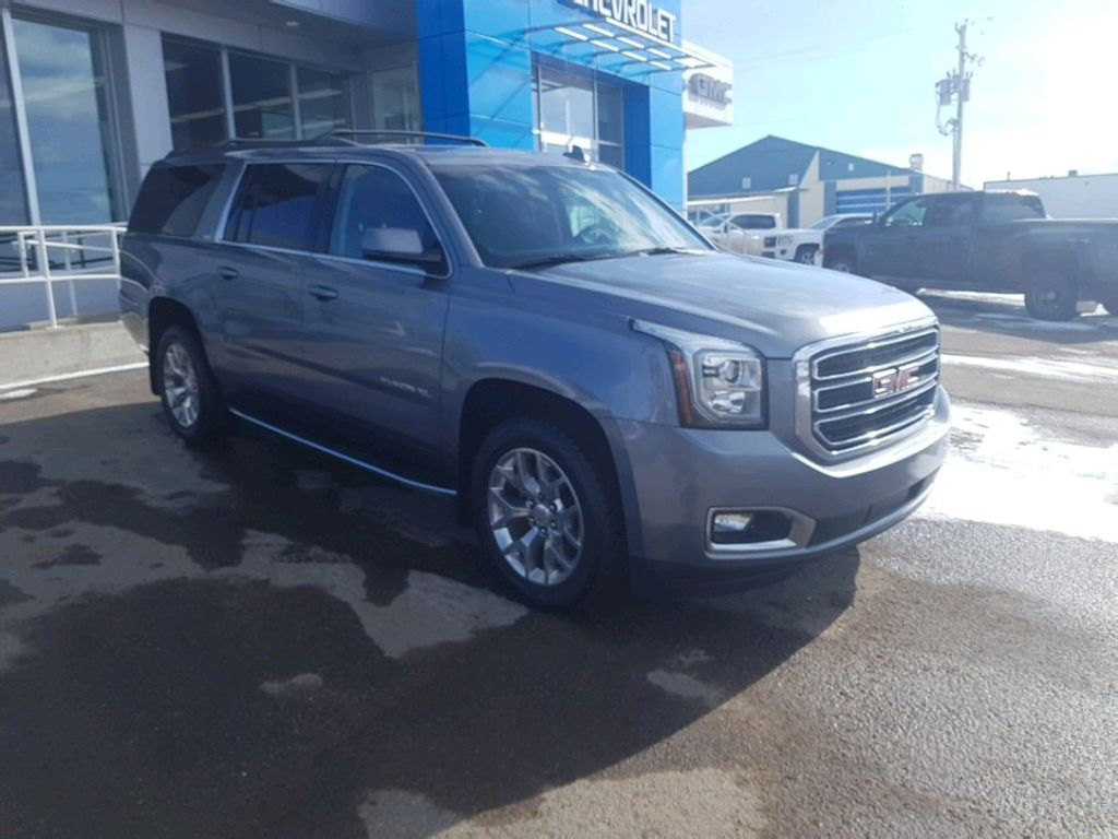Steel 2019 GMC Yukon XL Left Front Rim and Tire Photo in Barrhead AB
