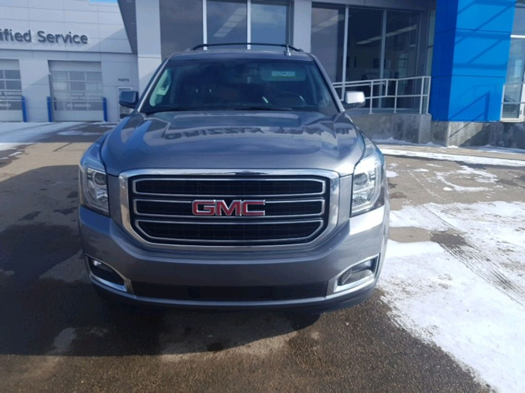 Steel 2019 GMC Yukon XL Left Front Corner Photo in Barrhead AB