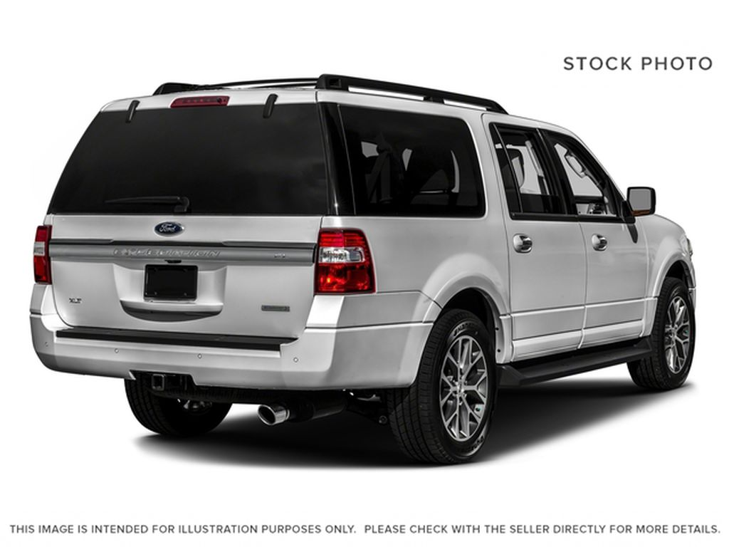 Silver[Ingot Silver Metallic] 2017 Ford Expedition Max Right Rear Corner Photo in Fort Macleod AB