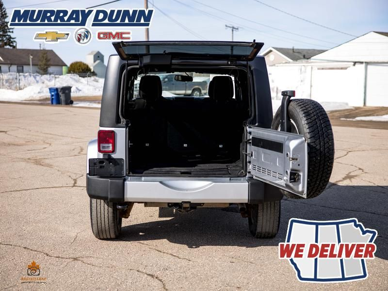 Black[Black] 2015 Jeep Wrangler Unlimited sahara Rear Hatch/Gate in Nipawin SK