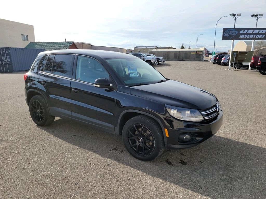 Black 2012 Volkswagen Tiguan Left Front Rim and Tire Photo in Fort Macleod AB