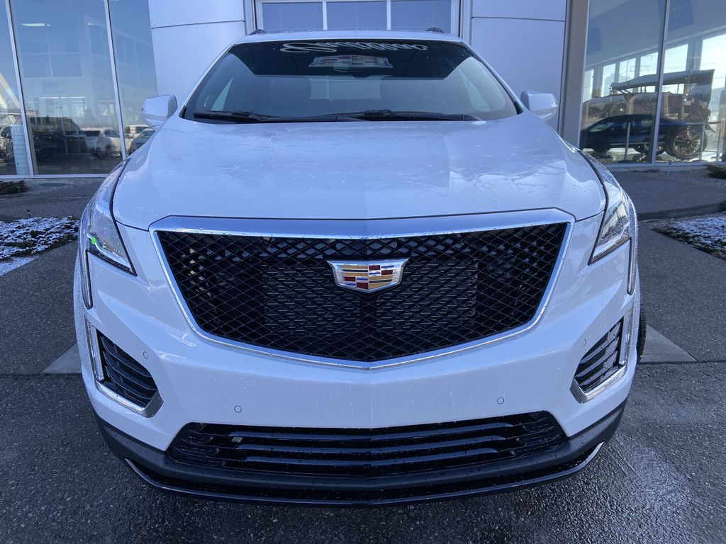 White[Crystal White Tricoat] 2021 Cadillac XT5 Sport Front Vehicle Photo in Calgary AB