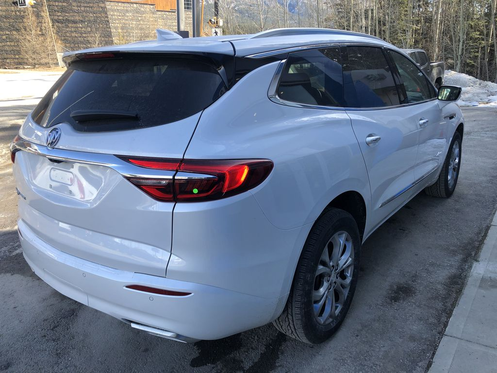 White[White Frost Tricoat] 2021 Buick Enclave Avenir Right Rear Corner Photo in Canmore AB