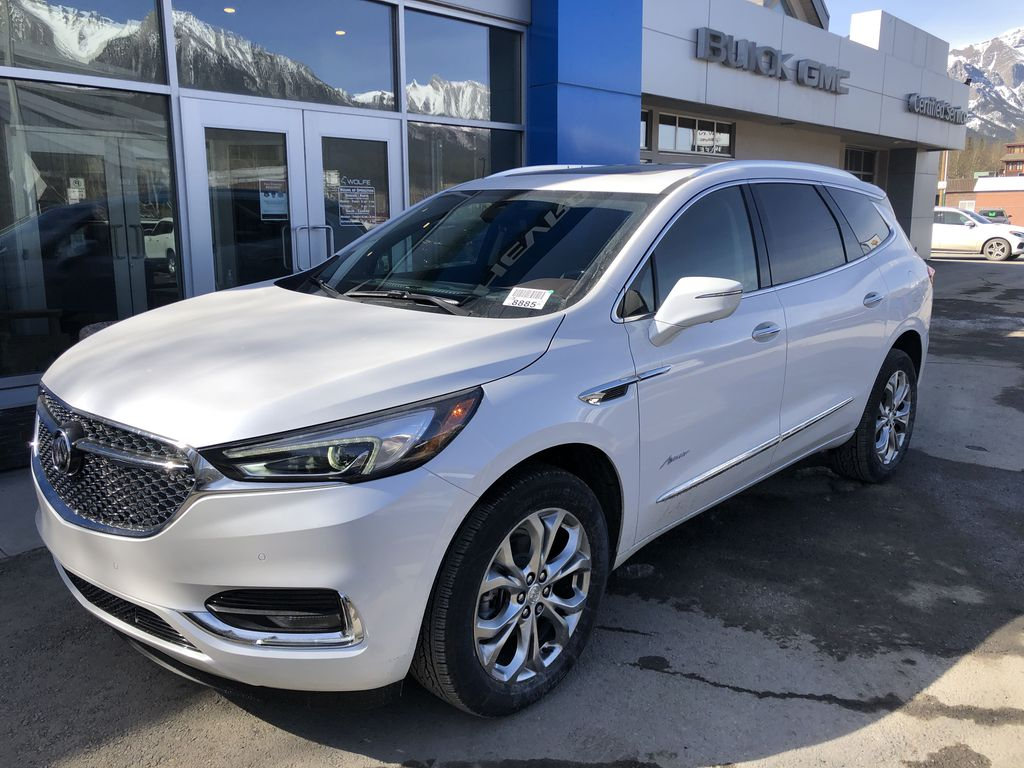 White[White Frost Tricoat] 2021 Buick Enclave Avenir Left Front Corner Photo in Canmore AB