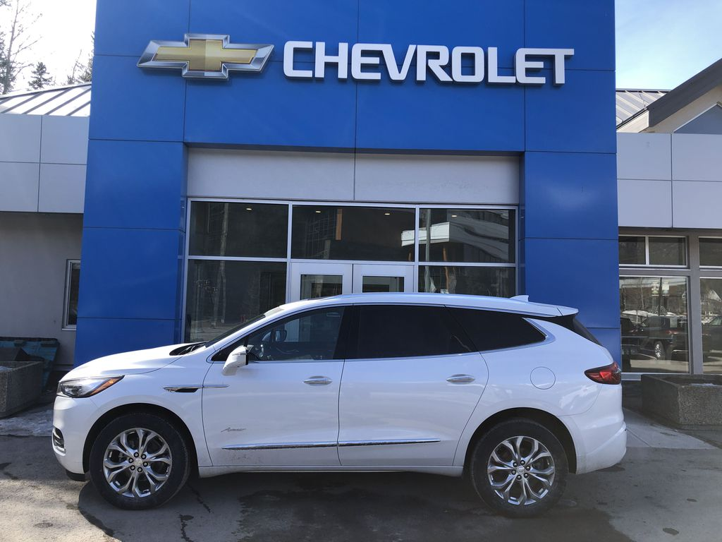 White[White Frost Tricoat] 2021 Buick Enclave Avenir Left Side Photo in Canmore AB