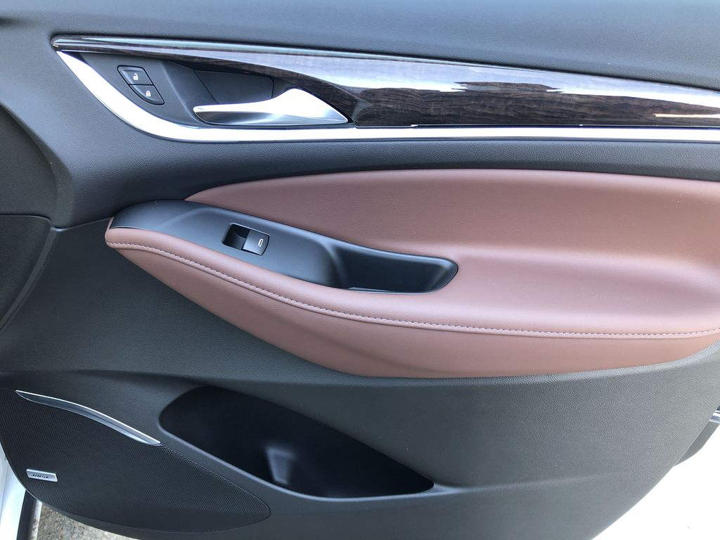 White[White Frost Tricoat] 2021 Buick Enclave Avenir Right Front Interior Door Panel Photo in Canmore AB