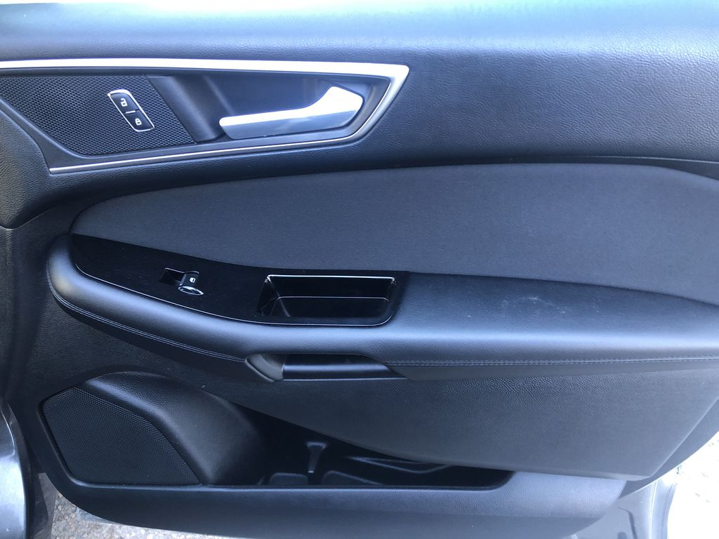 Gray[Magnetic Metallic] 2015 Ford Edge SEL Right Front Interior Door Panel Photo in Canmore AB