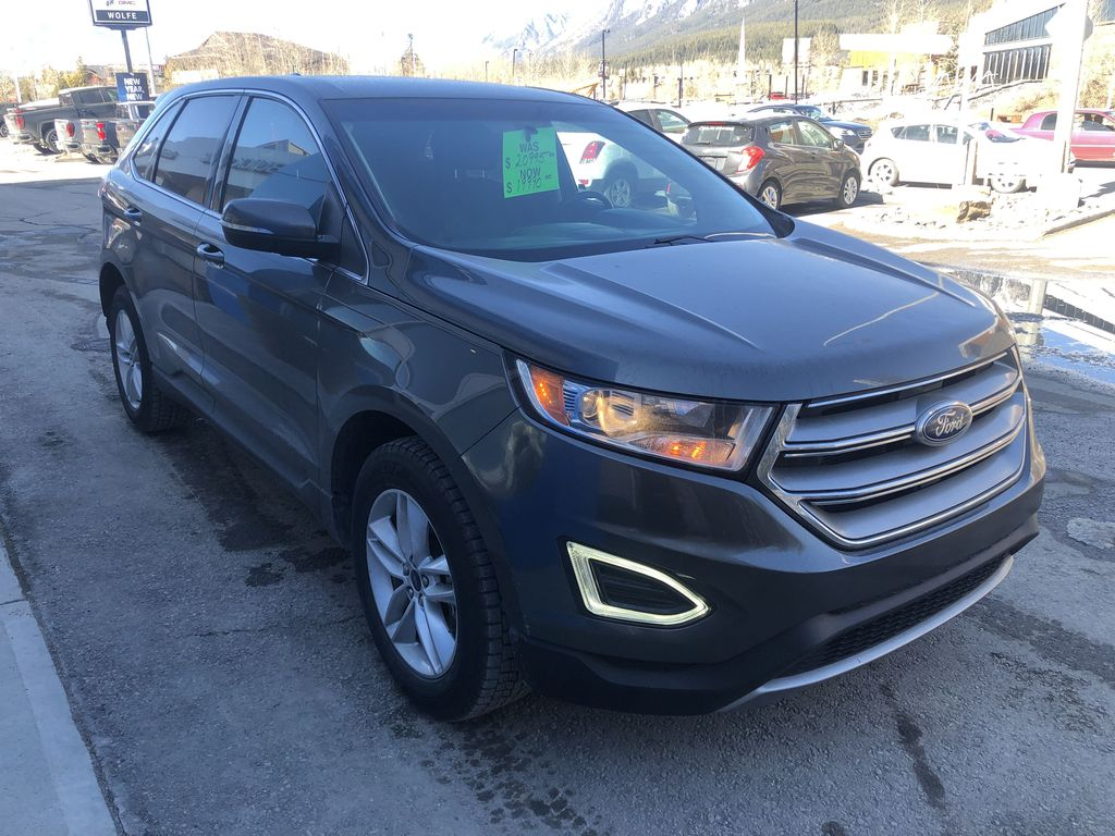 Gray[Magnetic Metallic] 2015 Ford Edge SEL Right Front Corner Photo in Canmore AB