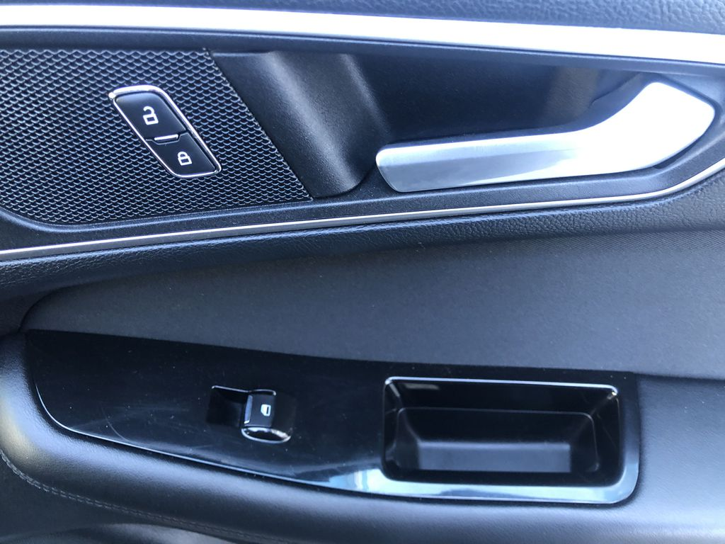 Gray[Magnetic Metallic] 2015 Ford Edge SEL Passenger Front Door Controls Photo in Canmore AB