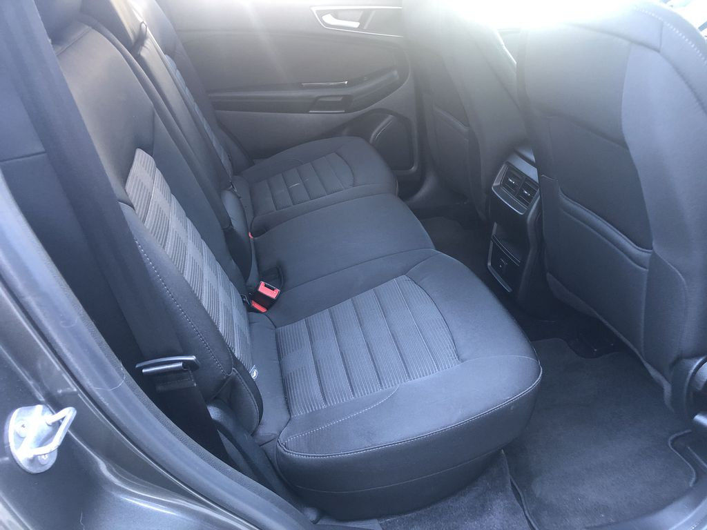 Gray[Magnetic Metallic] 2015 Ford Edge SEL Right Side Rear Seat  Photo in Canmore AB