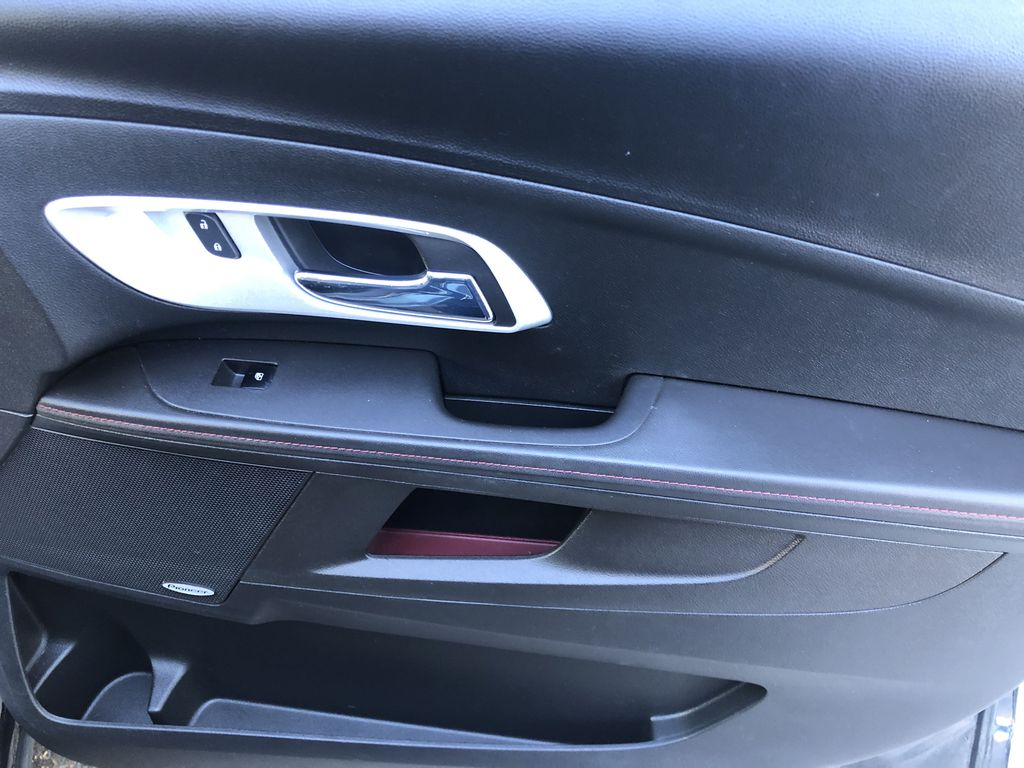 Black[Black] 2012 Chevrolet Equinox Right Front Interior Door Panel Photo in Canmore AB
